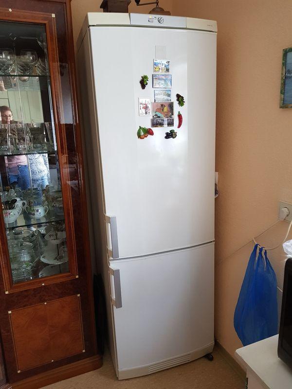 AEG Kühlschrank mit Gefrierteil