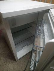 Kühlschrank neuwertig mit Rechnung