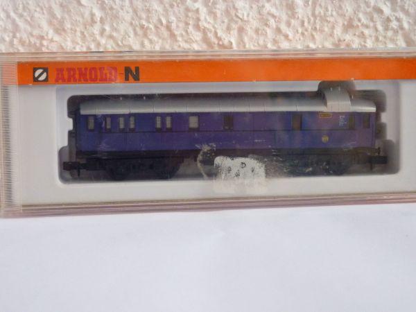 Arnold-N Gepäckwagen Spur N