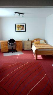 Manching Möbliertes Zimmer an Wochenenheimfahrer