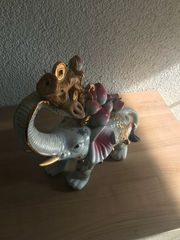 2 alte chinesische Glückselefanten