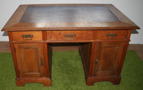 Antiker Großer Schreibtisch Aus Eiche Evtl Jugendstil Bitte Bilder