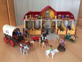 Spielzeug: Lego, Playmobil - Playmobil Pferdehof inkl Zubehör