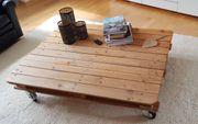 Holz - Palettentisch Wohnzimmertisch auf Rollen