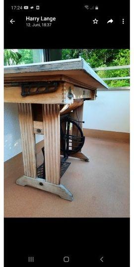 Balkontisch Pfaff Nähmaschinen Tisch mit: Kleinanzeigen aus Ebersberg - Rubrik Gartenmöbel