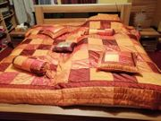 Bett zwei Nachschränke