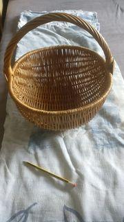 Henkelkorb ovale Form Weide geflochten
