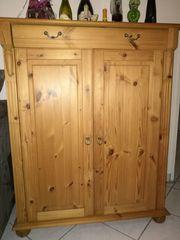 Weichholz Kommode mit 2 Türen
