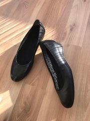 Tamaris Pumps Gr 36 Black Glam ungetragen in Dielheim