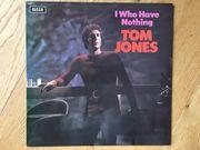 Tom Jones - I Who Have