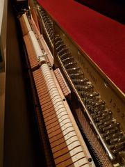 Piano von YAMAHA mit Silent