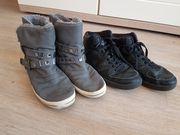 4 Paar Schuhe