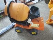 verschiedene Spielzeug - Baufahrzeuge