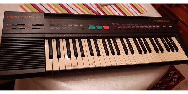 Yamaha PSR-8 Portable Keyboard Batterie-