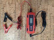 12 V Batterie Ladegerät - Neuwertig