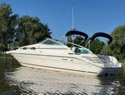 Sea Ray 250 Express Cruiser -