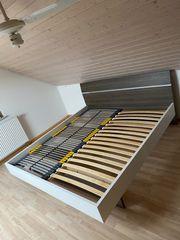 Doppelbett 180x200 incl Nachtleuchten Lattenrost