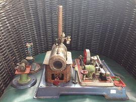 Spiele, Automaten - Wilesco-Dampfmaschine mit Generator Zubehör