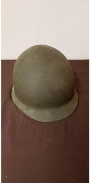 Stahlhelm der Bundeswehr