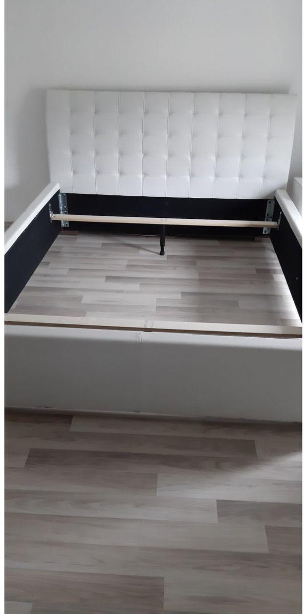 Kunstlederbett weiß von Meise Möbel