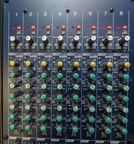 Mischpult Yamaha IM8-24 Multicore Transportcase: Kleinanzeigen aus Olching - Rubrik PA, Licht, Boxen
