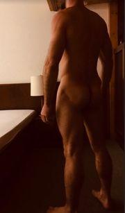 Big Dick sucht devote Sie