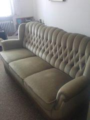 Wohnzimmercouch und dazu passender Sessel