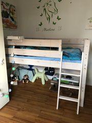 Sehr schönes halbhohes gebrauchtes Kinderbett