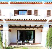 Spanien - Mediterrane Townhäuser an der