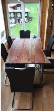 Massiver Tisch Akazie