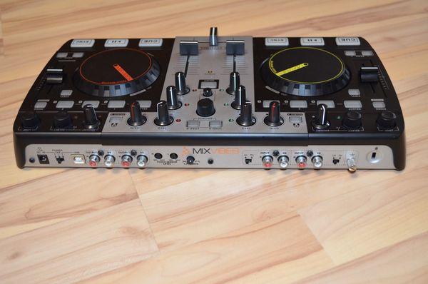 DJ Pult - MixVibes U-Mix Control