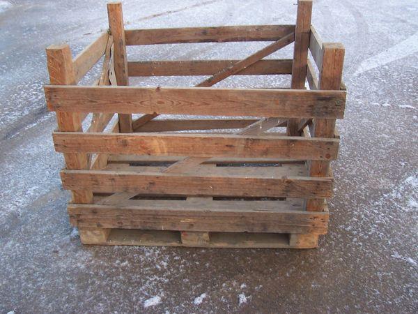 Grosskisten zur Lagerung von Holz