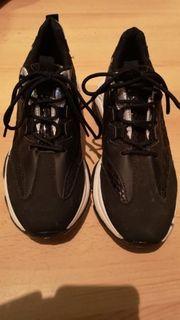 Schuhe gr 40 neuwertig