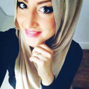 Turkin Dilara veekauft heiße Videos