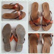 getragene Schuhe und Socken