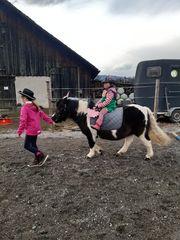 Reitpädagogik Gruppe APRIL Kinder reiten