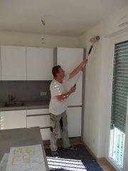 Korrekte Maler streichen Ihre Wohnung