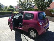 Renault Twingo Modell 2014 Himbeer-Rot