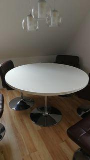 Esszimmertisch und 7 Stühle