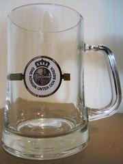 4 geeichte Bierkrüge aus Glas