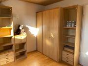 Komplettes Jugendzimmer mit Schrank und