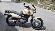 Suzuki XF 650 Freewind Military