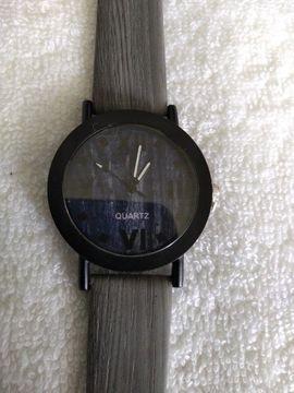 Armbanduhr: Kleinanzeigen aus Göttingen Holtenser Berg - Rubrik Uhren