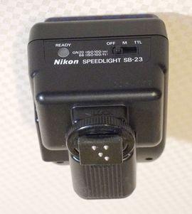 Bild 4 - Nikon Blitzgerät SB-23 - Schwabach