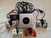 Nintendo GameCube mit 4 Controller