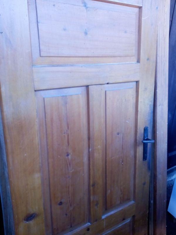 Verkaufe alte Holztür mit Stock