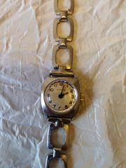 Damen-Armbanduhr Quartz Handaufzug gebraucht