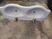 Doppelwaschbecken