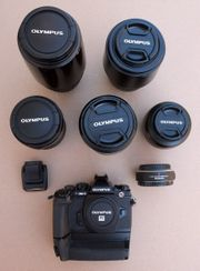 Komplette Kameraausrüstung von Olympus zu