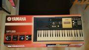 Yamaha YPT-220 Keyboard mit Ständer